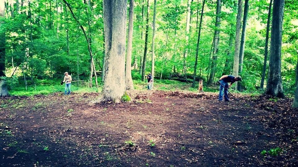 garden-rake-tilling